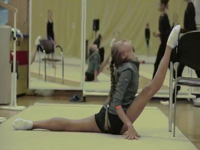 Đột nhập vào thiên đường gái đẹp thể dục nước Nga