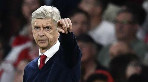 Arsenal: Giữ ghế thành công, Wenger sẽ thanh lý ồ ạt - ảnh 1