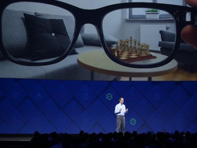 Facebook giới thiệu loạt công nghệ như phim khoa học viễn tưởng