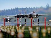 """Thế giới - Chiến đấu cơ đắt đỏ nhất của Mỹ tới Anh """"dằn mặt"""" Putin?"""