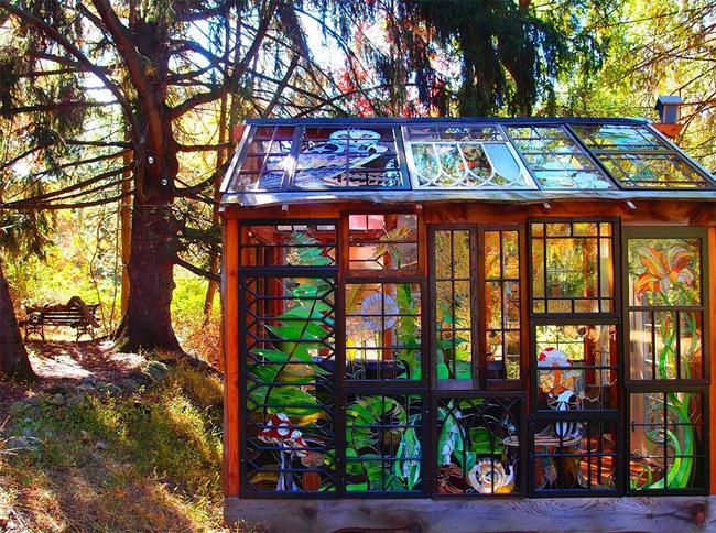 Ngôi nhà nhỏ này có tên Glass Cabin, nằm trong một khu rừng tuyệt đẹp thuộc Mohawk, New Jersey, nước Mỹ.