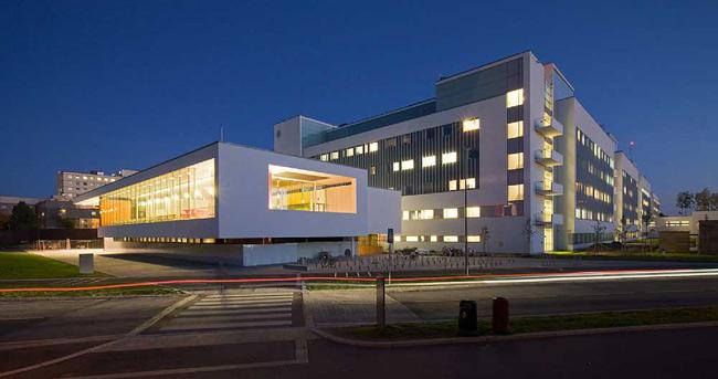 7 bệnh viện đẹp nhất thế giới khiến bệnh nhân thích mê - 3