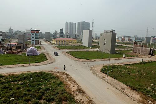 Hàng trăm nắp hố ga tại Hà Nội không cánh mà bay - ảnh 1