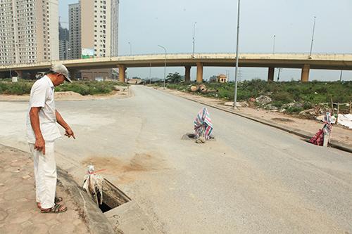 Hàng trăm nắp hố ga tại Hà Nội không cánh mà bay - ảnh 2