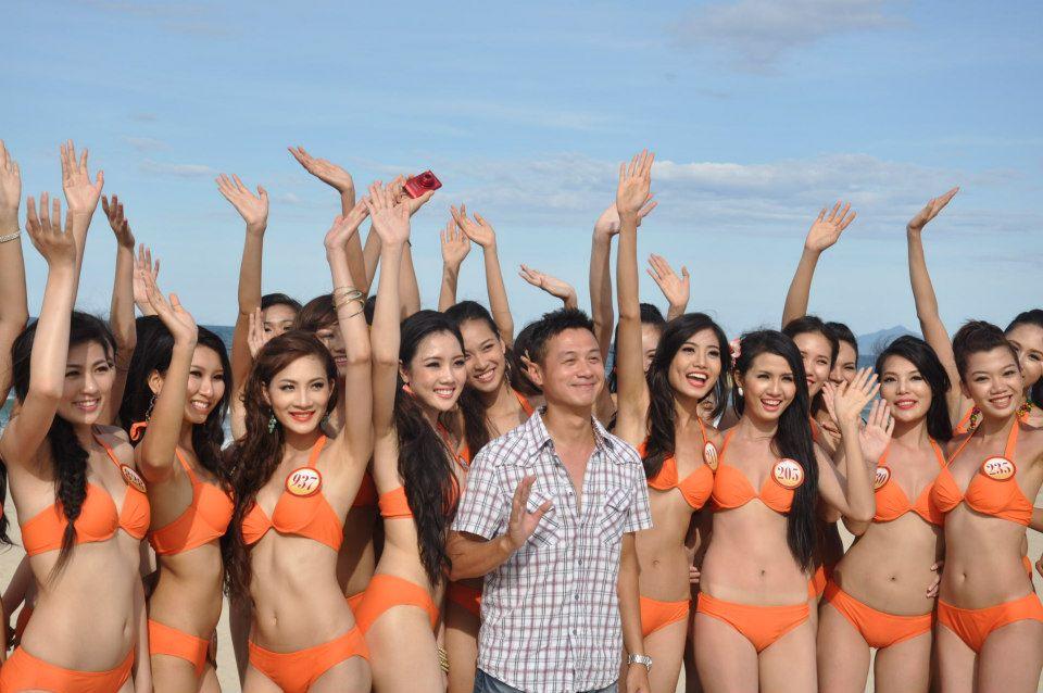 Những cô vợ nõn nà, trẻ hơn chồng 25-30 tuổi của showbiz Việt - ảnh 5