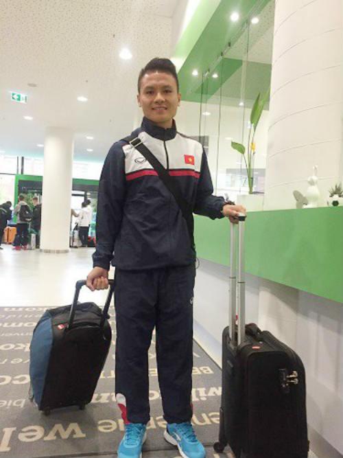 HLV Đức truyền bí kíp cho thủ môn U20 Việt Nam - ảnh 1