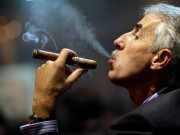 Thị trường - Tiêu dùng - Mang 20 điếu xì gà cũng phải... đóng thuế?