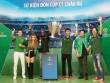 Hàng vạn tín đồ bóng đá hòa chung nhịp đập đón cúp bạc UEFA Champions League