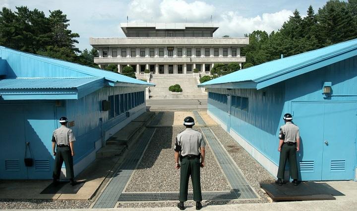 """Công việc """"chết như chơi"""" ở biên giới Triều Tiên-Hàn Quốc - 4"""