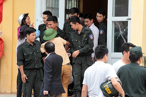 Ảnh: Toàn cảnh buổi thả 19 cán bộ, chiến sĩ tại Đồng Tâm - 4