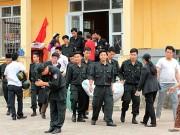 Ảnh: Toàn cảnh buổi thả 19 cán bộ, chiến sĩ tại Đồng Tâm