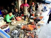 Thị trường - Tiêu dùng - Báo động thịt bẩn phát sinh từ... lò mổ