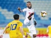 Bóng đá - Sự cố tiền đạo Samson đấm vào mặt đối thủ ở AFC Cup: Hệ quả của sự nuông chiều