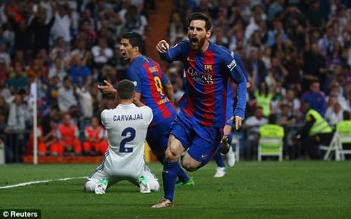 Real Madrid - Barcelona: Siêu phẩm, thẻ đỏ & kịch bản điên rồ - 1