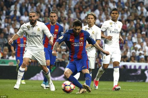"""Real lộ tử huyệt: """"Bố già"""" phật ý, Zidane nguy cơ bị trảm - 1"""