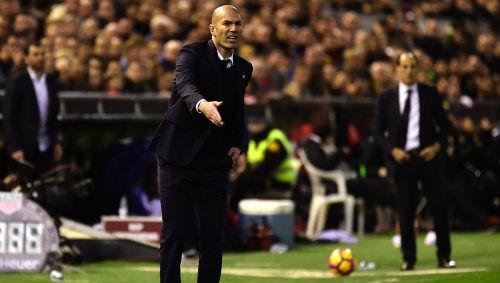 """Real lộ tử huyệt: """"Bố già"""" phật ý, Zidane nguy cơ bị trảm - 2"""