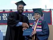 10 kỳ tích của thần đồng 11 tuổi tốt nghiệp ĐH với điểm tuyệt đối