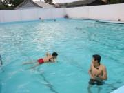 Tin tức trong ngày - Học sinh chết đuối tại hồ bơi giữa thành phố