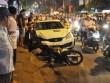Xe điên  đại náo trên phố, người đi xe máy văng khắp nơi