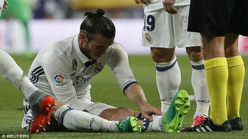 """Real thua đau Barca ở Bernabeu: """"Tội đồ"""" số 1 Zidane - 2"""