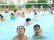 Sức khỏe đời sống - Những ai đến bể bơi nhưng chỉ nên... ngồi trên bờ