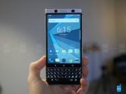 Dế sắp ra lò - BlackBerry chính thức tung video giới thiệu phím tắt trên KEYone