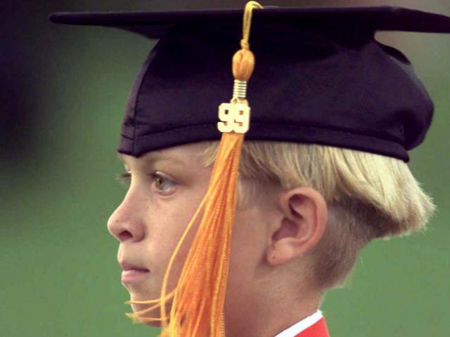 14 thần đồng tốt nghiệp đại học tuổi lên 10