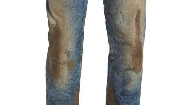 Choáng với 10 triệu đồng 1 bộ đồ dính đầy bùn đất - 2