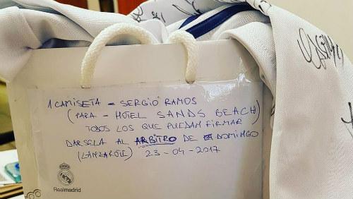 """Nghi án Real hối lộ trọng tài vẫn nhận """"bi kịch"""" El Clasico"""