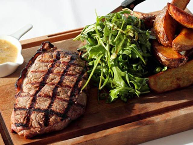 Bữa tối ngon hết ý với thịt bò xào ớt mềm ngon, bắt mắt - 4