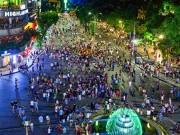 Tin tức trong ngày - Các khu vui chơi ở Thủ đô đông nghẹt thở ngày lễ 30/4