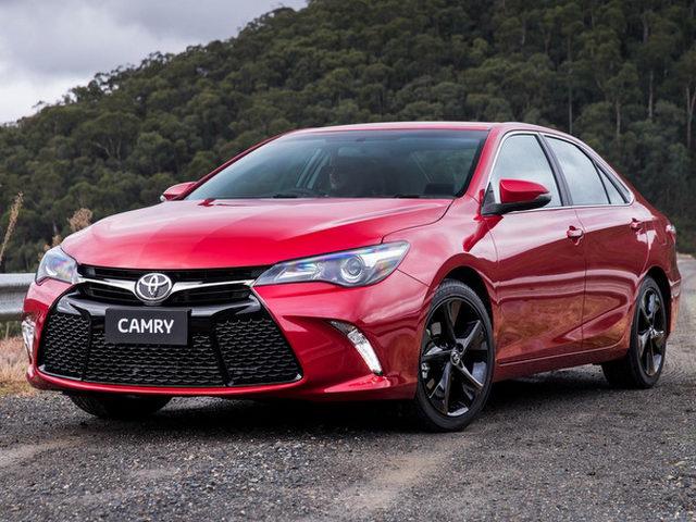 Toyota Camry thêm bản thể thao ESport giá 1,06 tỷ đồng