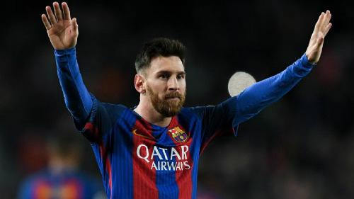 """Messi dọa ra đi, chủ tịch Barca """"bơm máu"""" 86 triệu bảng"""