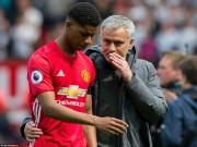 Bóng đá - Manchester suýt thất thủ: Mourinho, Pep bị chê tơi bời