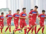 Bóng đá - Cầu thủ khoẻ nhất U20 Việt Nam đầu hàng bài tập thể lực