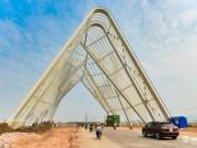 Tin tức trong ngày - Cận cảnh cổng chào gần 200 tỷ của tỉnh Quảng Ninh