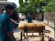 An ninh Xã hội - Bắt người đàn ông chở bom 'khủng' chứa 185kg thuốc nổ