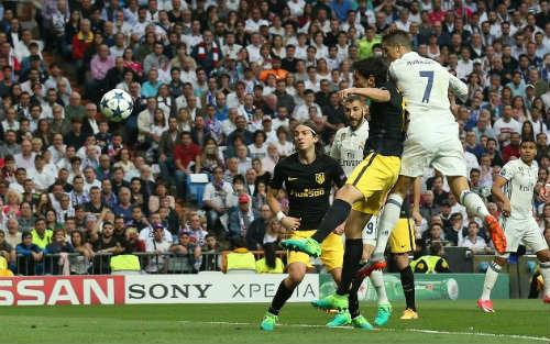 Real Madrid - Atletico Madrid: Đẳng cấp ngoài hành tinh - 1