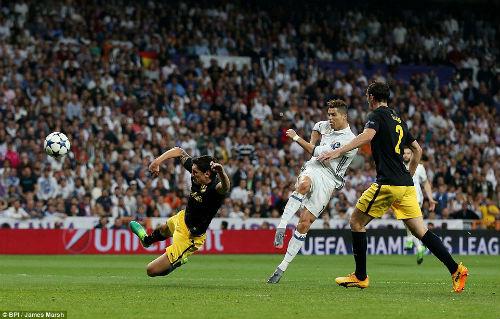Siêu nhân Ronaldo: Thợ săn kỷ lục, thiên đường thứ năm