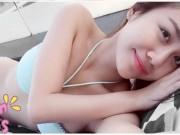 Thời trang - Sau tai nạn biển, Văn Mai Hương lại diện bikini nuột nà giỡn nước