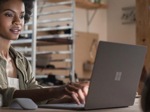 Microsoft ra mắt hệ điều hành mới Windows 10 S