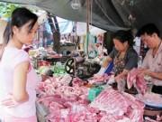 """Thị trường - Tiêu dùng - Chính sách """"giải cứu lợn"""": Chưa đến với người nuôi"""