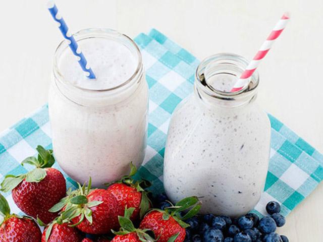 Chỉ 10 phút, có ngay sữa chua uống thơm ngon giải nhiệt ngày hè