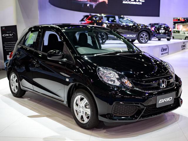 Xe nhỏ giá rẻ Honda Brio chỉ từ 324 triệu đồng