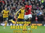 """Bóng đá - Arsenal - MU: Người thờ ơ, kẻ """"tự sát"""""""