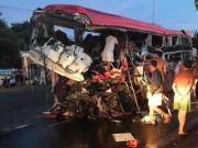 Tin tức trong ngày - Ảnh: Hiện trường vụ tai nạn thảm khốc ở Gia Lai