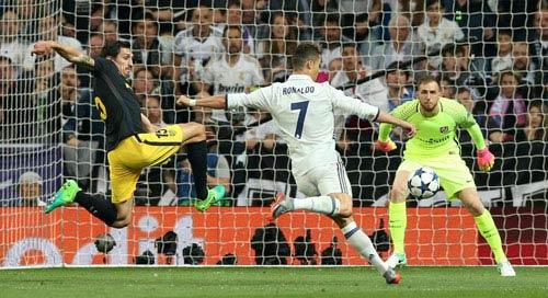 """""""Siêu kinh điển"""" thập kỷ: Real - Barca ai xuất sắc hơn"""