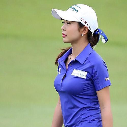 """Golf 24/7: """"Tiểu Long Nữ làng golf"""" đốn tim fan Nhật Bản - 2"""