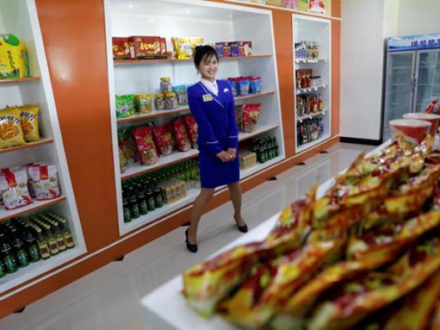 """Cách Kim Jong-un dẫn dắt Triều Tiên """"thoát Trung"""""""