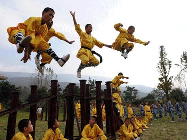 Võ Trung Quốc bị MMA sỉ nhục: Nghìn năm lừng lẫy, giờ như phù du